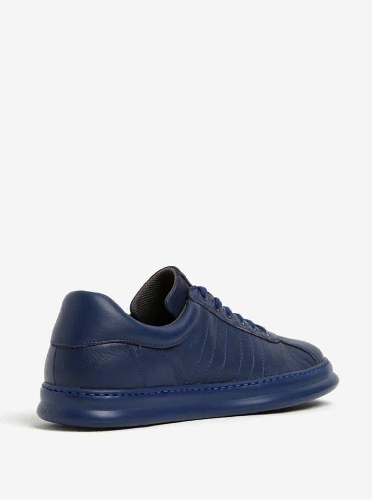 Tmavě modré pánské kožené tenisky s prošívanými detaily Camper