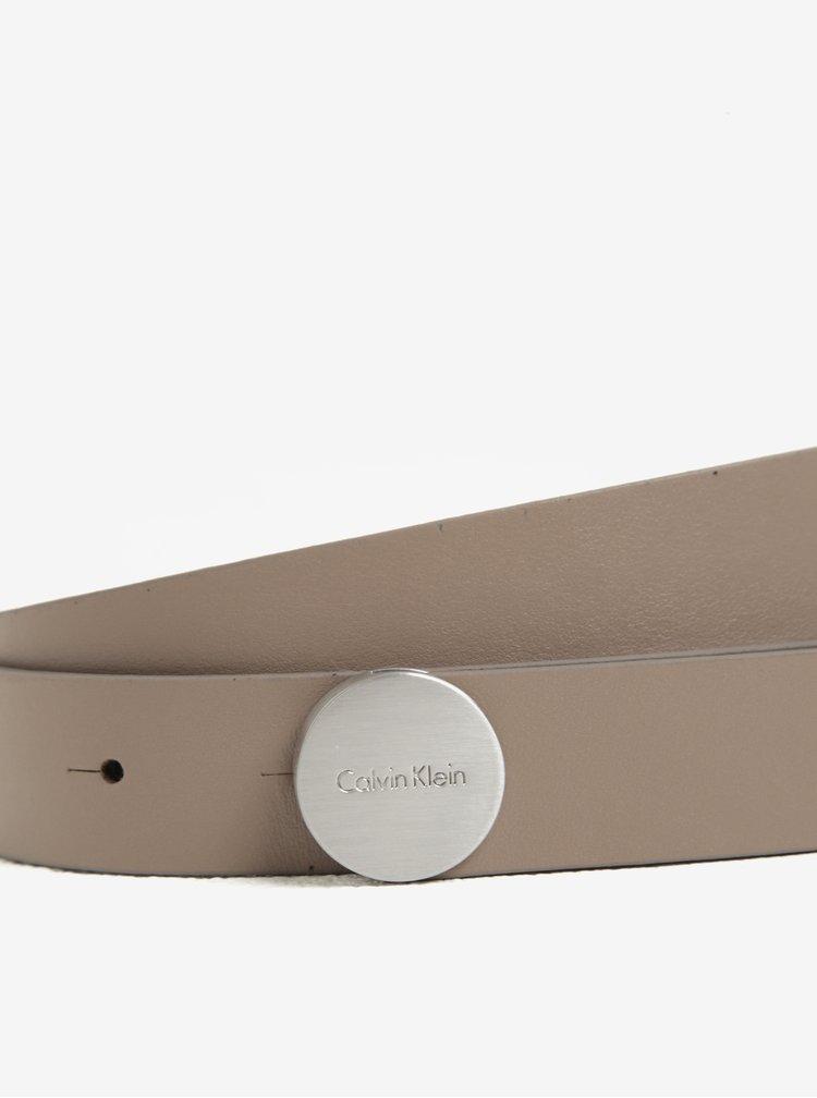 Béžový dámský kožený pásek s kulatou sponou Calvin Klein Plaque
