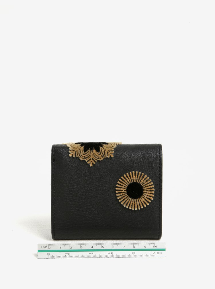 Hnědo-černá vzorovaná peněženka s plastickými detaily Desigual Square Rubi