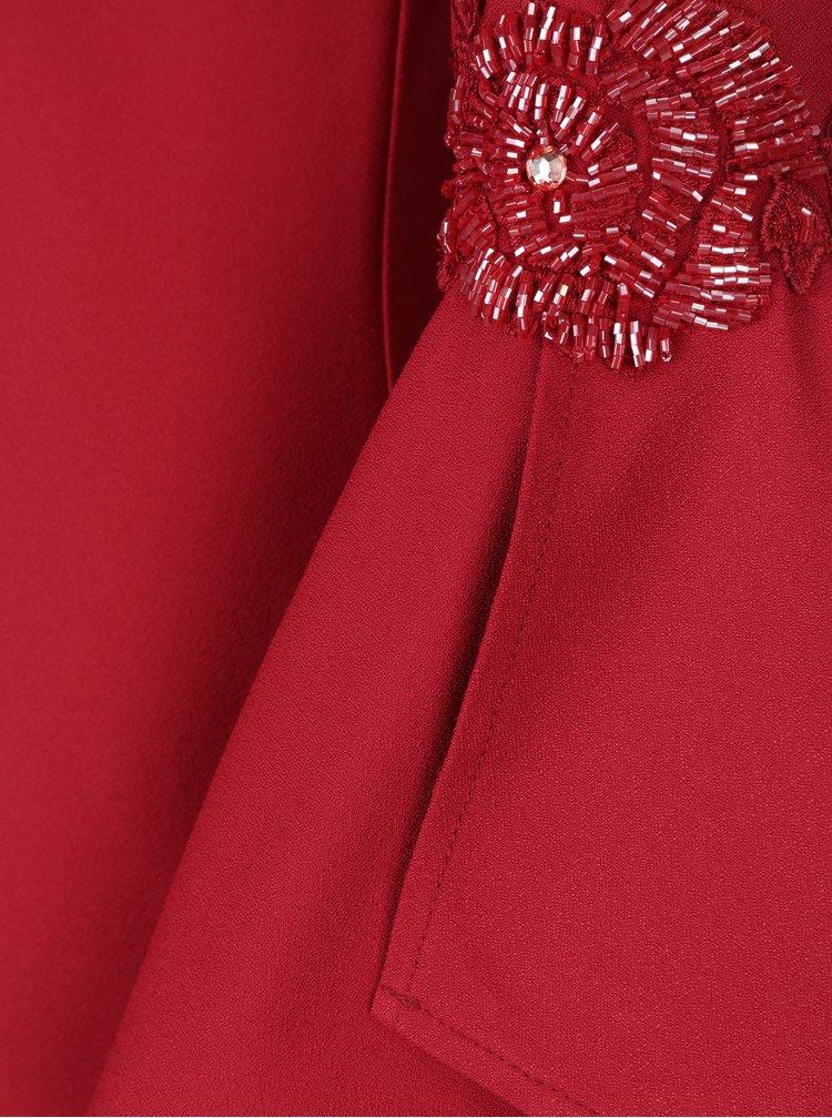 Červené šaty se zvonovým rukávem a výšivkou Little Mistress