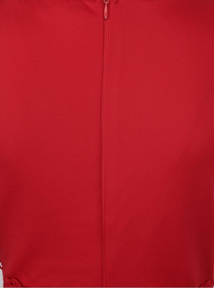 Červené pouzdrové šaty s krajkou AX Paris