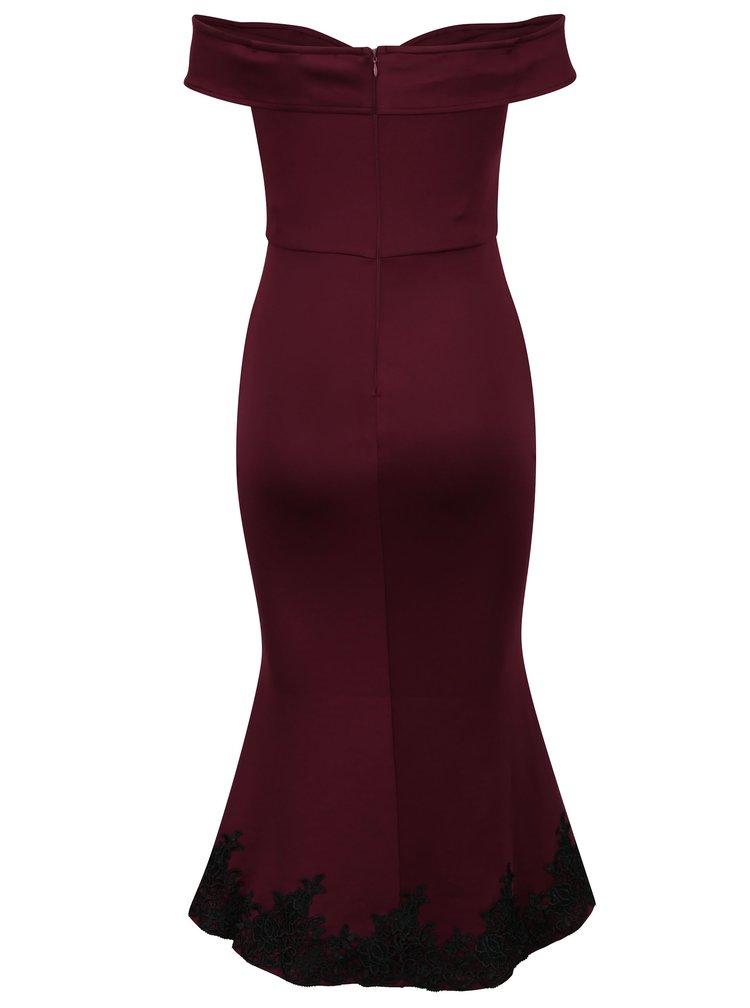 Vínové šaty s čipkovanými detailmi a rázporkom AX Paris