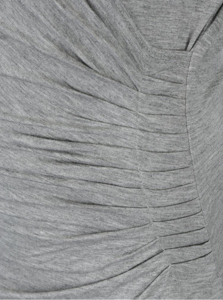 Šedé žíhané šaty s překládaným výstřihem Fever London Alberta