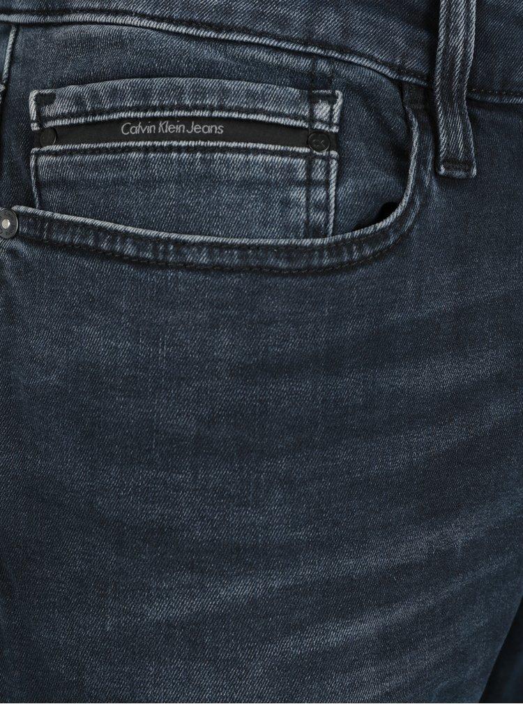 Tmavě modré pánské slim fit džíny s vyšisovaným efektem Calvin Klein Jeans