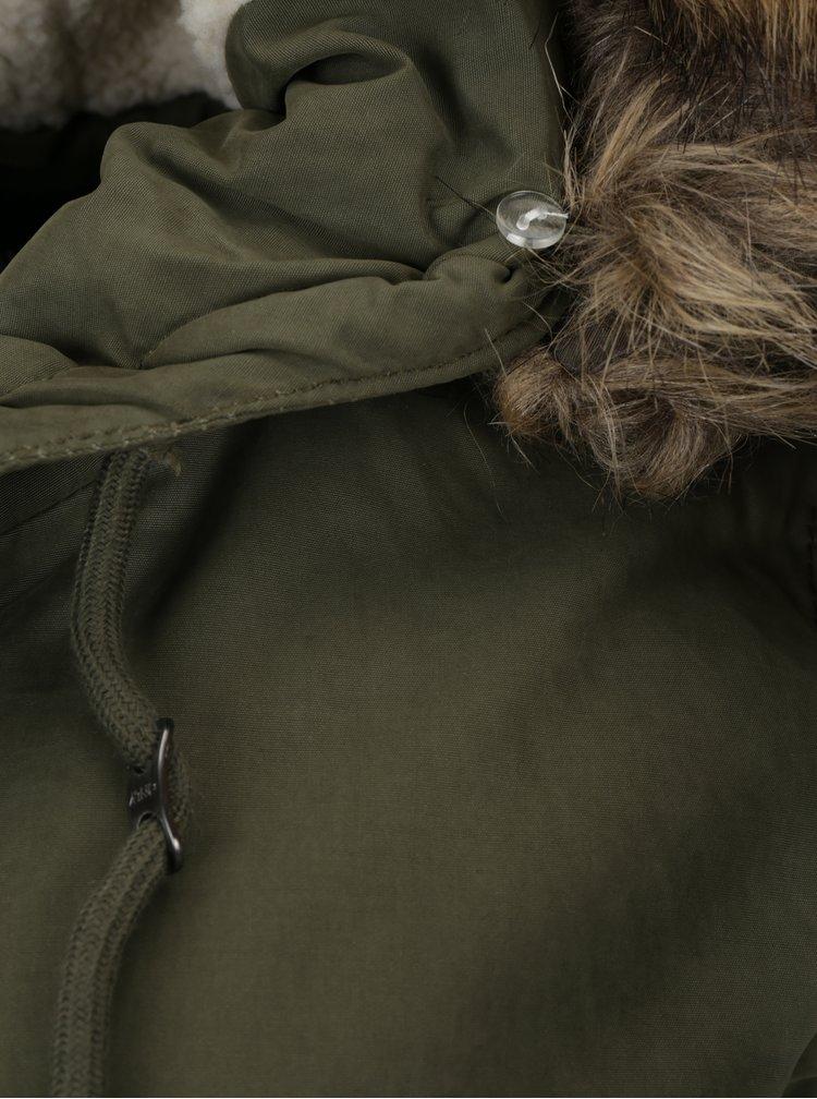 Khaki zimní parka s umělou kožešinou ONLY Lena