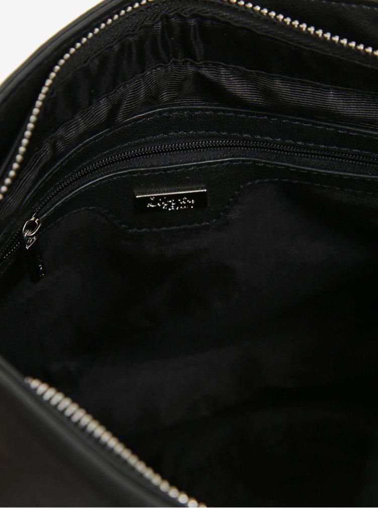 Čierna crossbody kabelka so strapcami a koženými detailmi Liberty by Gionni Lyla
