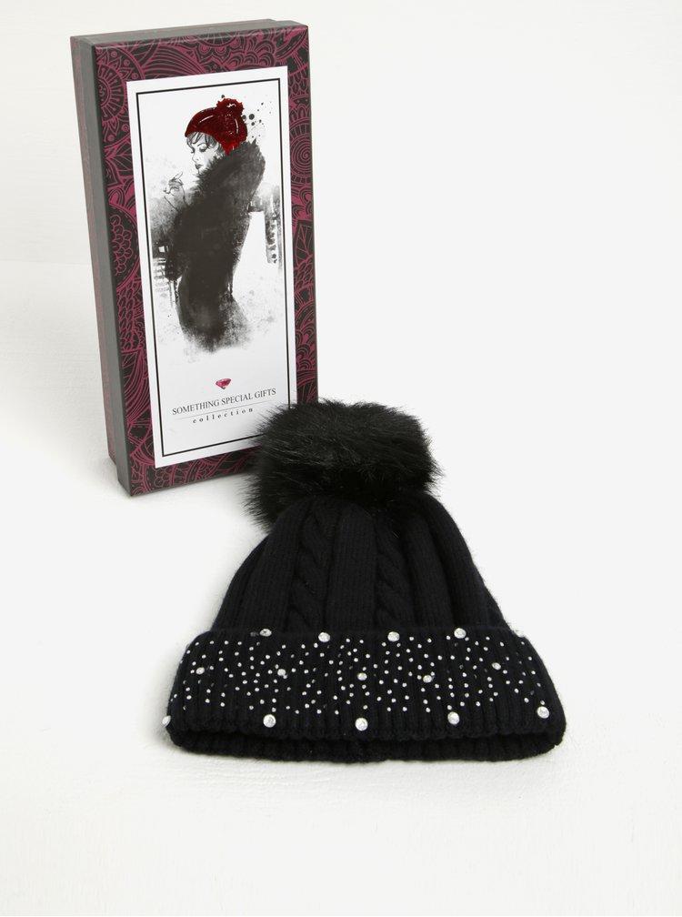 Caciula neagra cu pom pom si strasuri din amestec de lana angora  Something Special