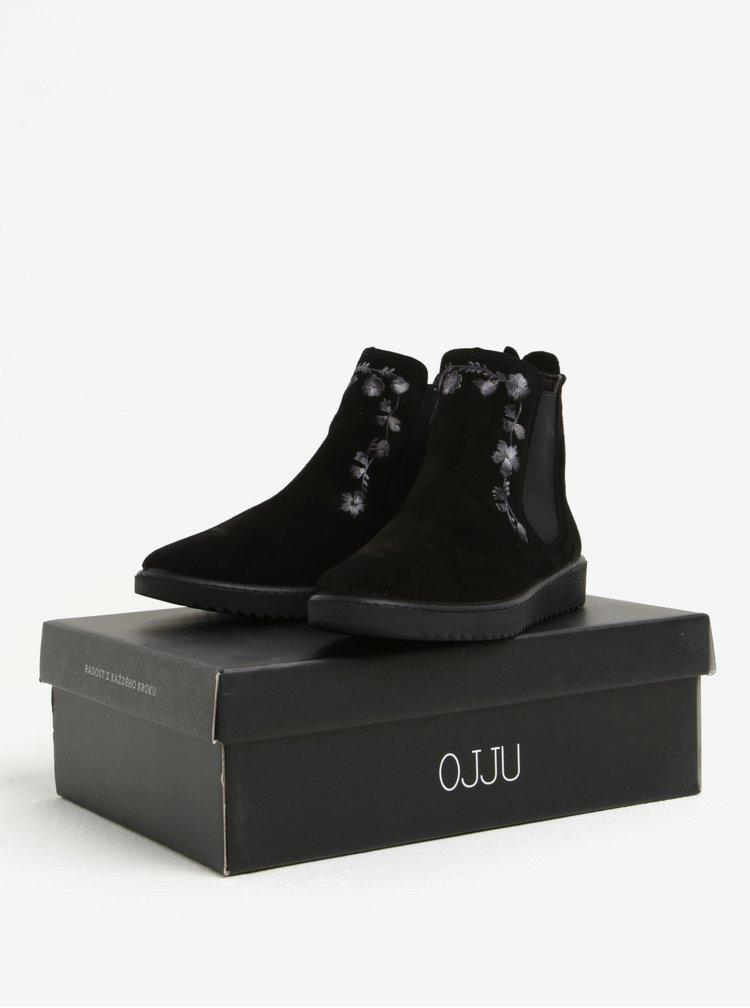 Černé semišové chelsea boty s výšivkou OJJU