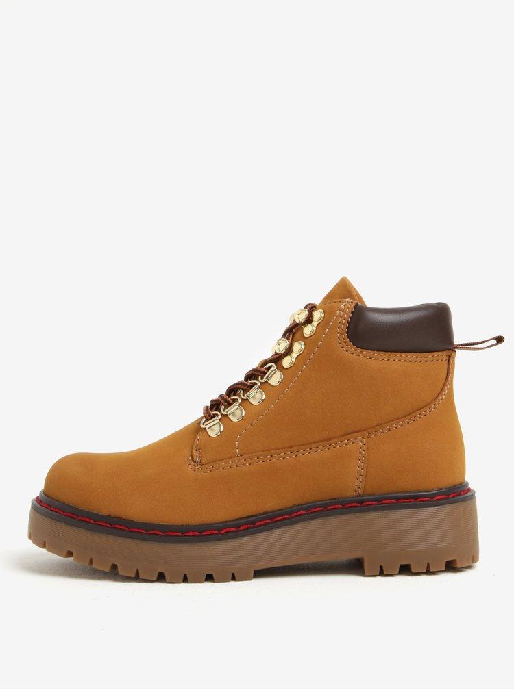 Hnědé dámské kožené kotníkové boty ALDO Pevio
