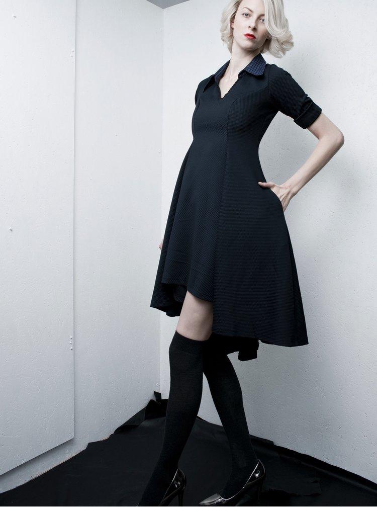 Tmavě modré šaty s límečkem La femme MiMi