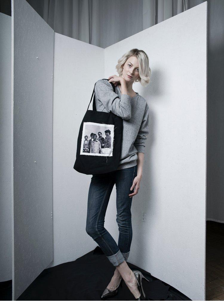 Černá plátěná taška s nášivkou retro žen La femme MiMi Teta Věra no.4