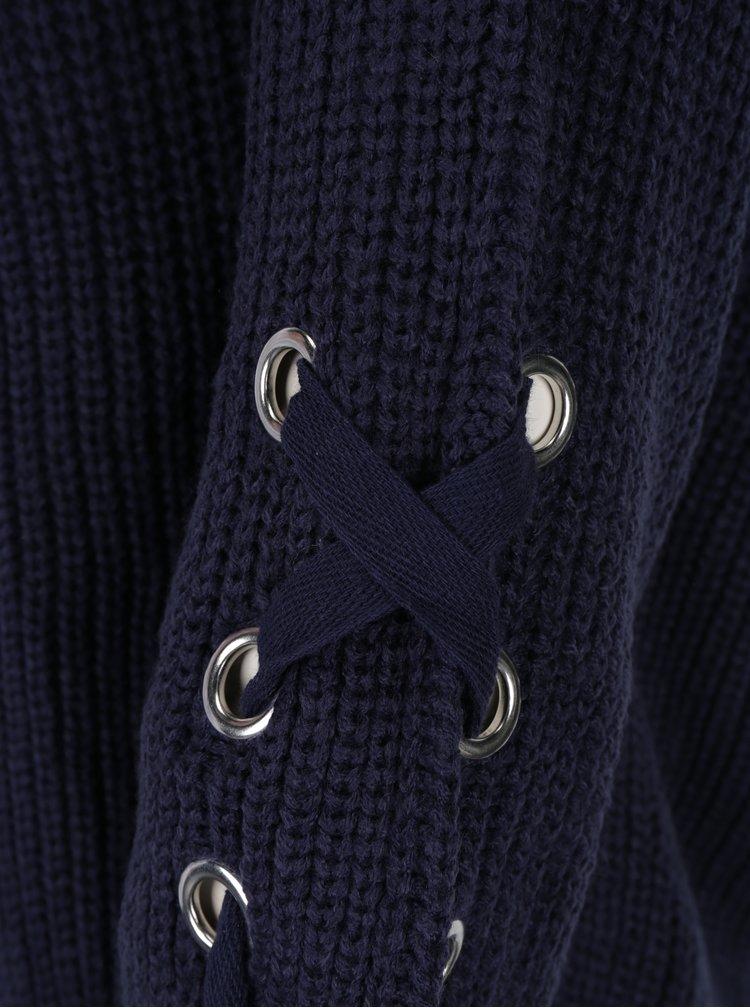 Tmavě modrý svetr se šněrováním na rukávech TALLY WEiJL
