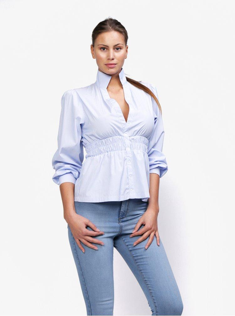 Světle modrá pruhovaná košile se gumou v pase MISSGUIDED