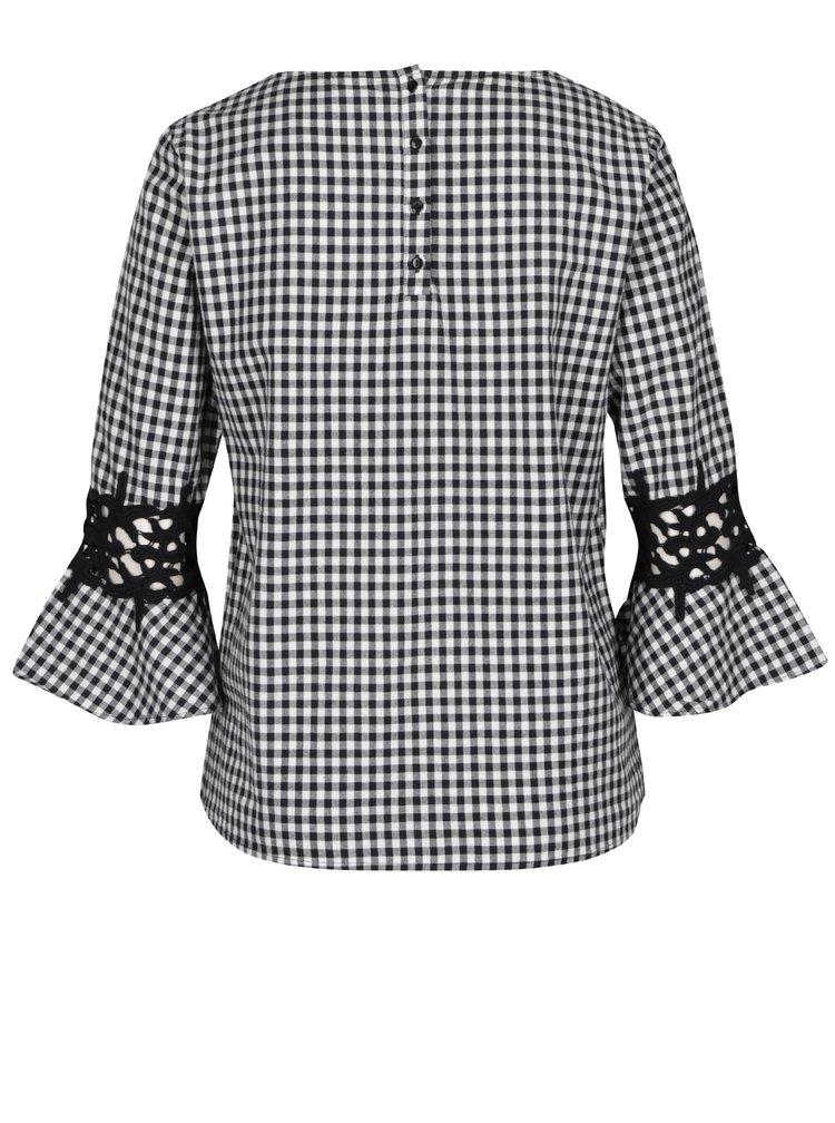 Černo-bílá kostkovaná halenka s krajkovými detaily VILA Bayla
