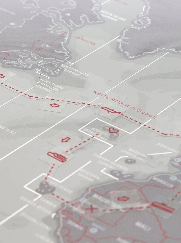 Šedá velká metalická nástěnná stírací mapa Luckies Platinum