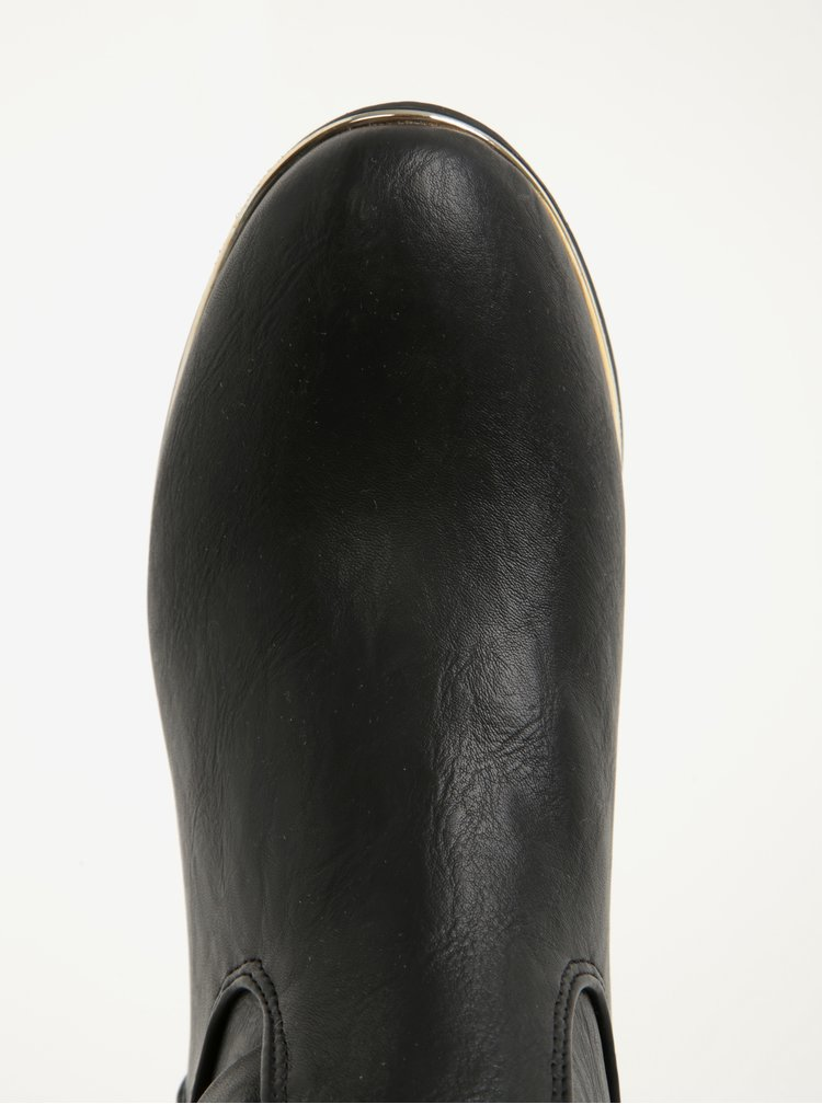 Černé kozačky s detaily ve zlaté barvě Dorothy Perkins