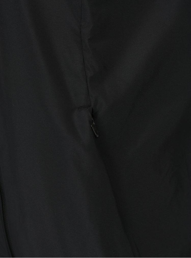 Černá dámská lehká bunda s kapucí a reflexním potiskem Nike