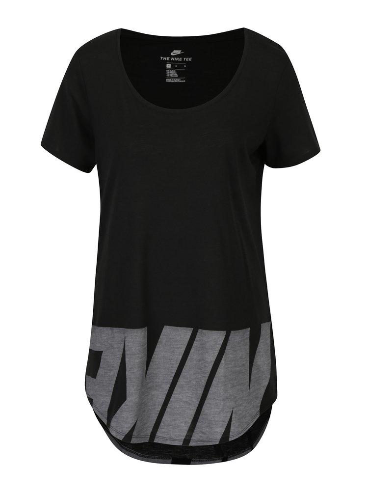 Černé dámské volné tričko s potiskem Nike