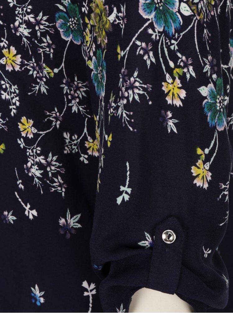 Tmavě modrá květovaná halenka s 3/4 rukávem M&Co