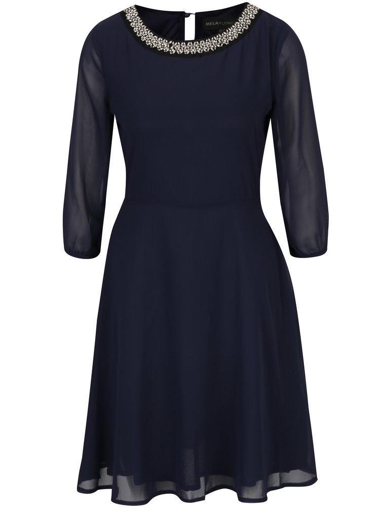 Tmavě modré šaty s ozdobnými detaily Mela London
