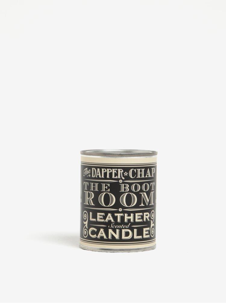 Vonná svíčka v plechové dóze s nápisem CGB Merlot