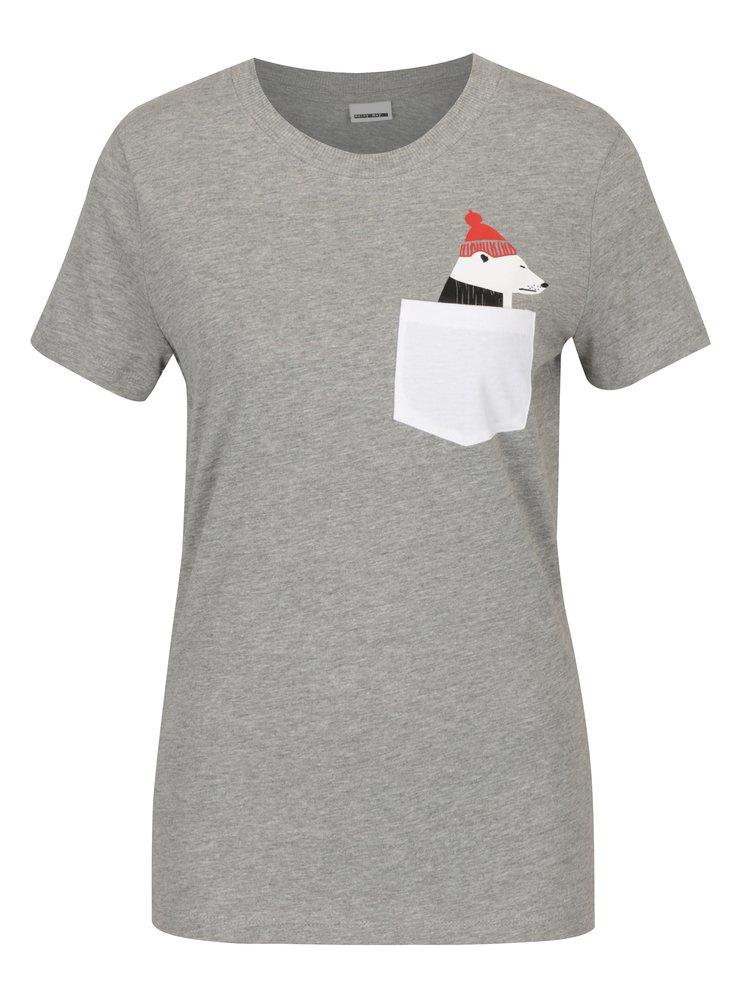 Světle šedé tričko s kapsou a potiskem Noisy May Novelty