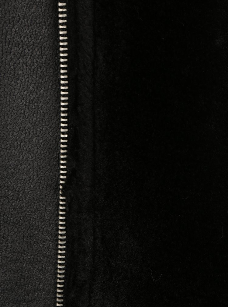 Geaca neagra din piele sintetica cu blana artificiala ONLY Dia