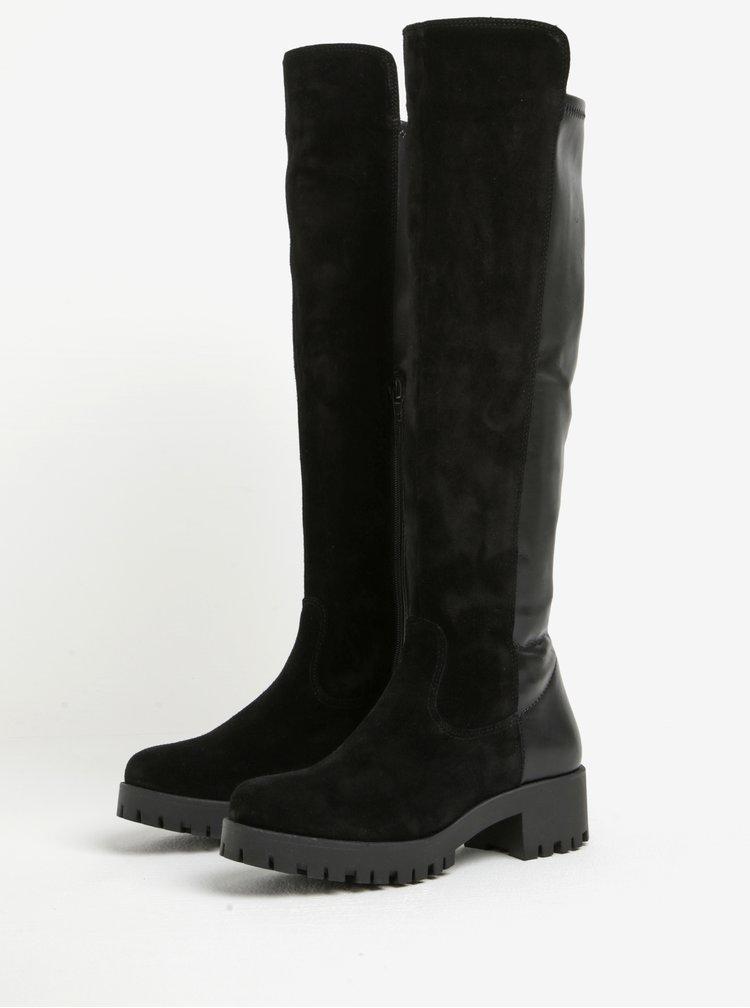 Černé vysoké kožené kozačky s detaily v semišové úpravě Tamaris