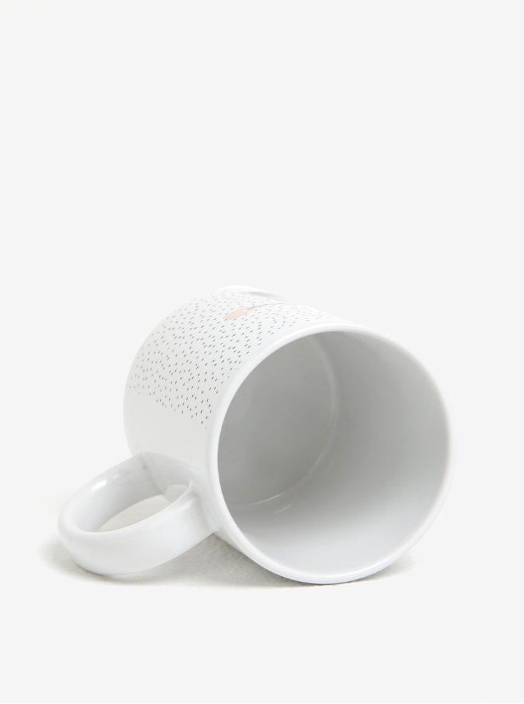 Bílý puntíkovaný hrnek s motivem šálku a sáčku čaje Butter Kings