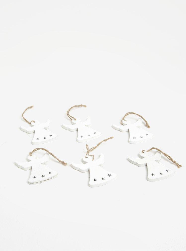 Sada šesti kusů dřevěné závěsné dekorace ve tvaru andělů v bílé barvě Dakls