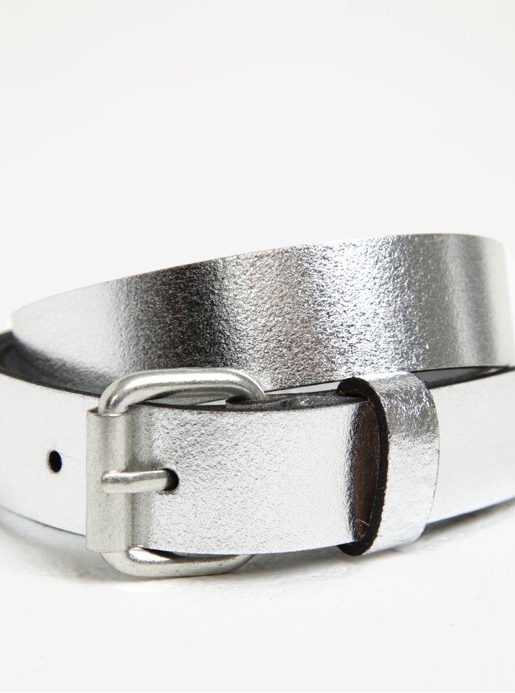 Metalický pásek ve stříbrné barvě Pieces Alina
