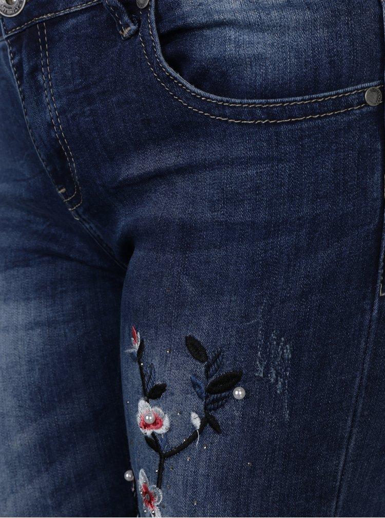 Blugi slim fit albastri cu broderie florala - Haily's Geisha