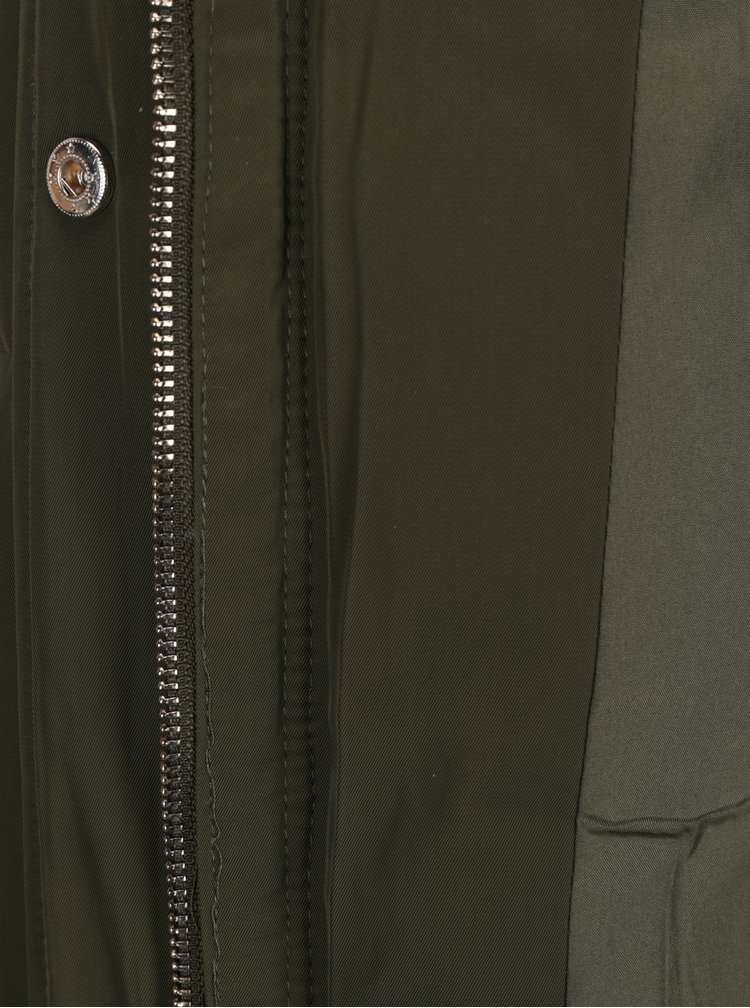 Geaca lunga matlasata verde cu blana artificiala VILA California