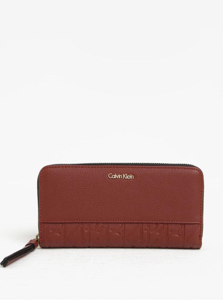 Hnědá dámská peněženka na zip Calvin Klein Jeans Misha