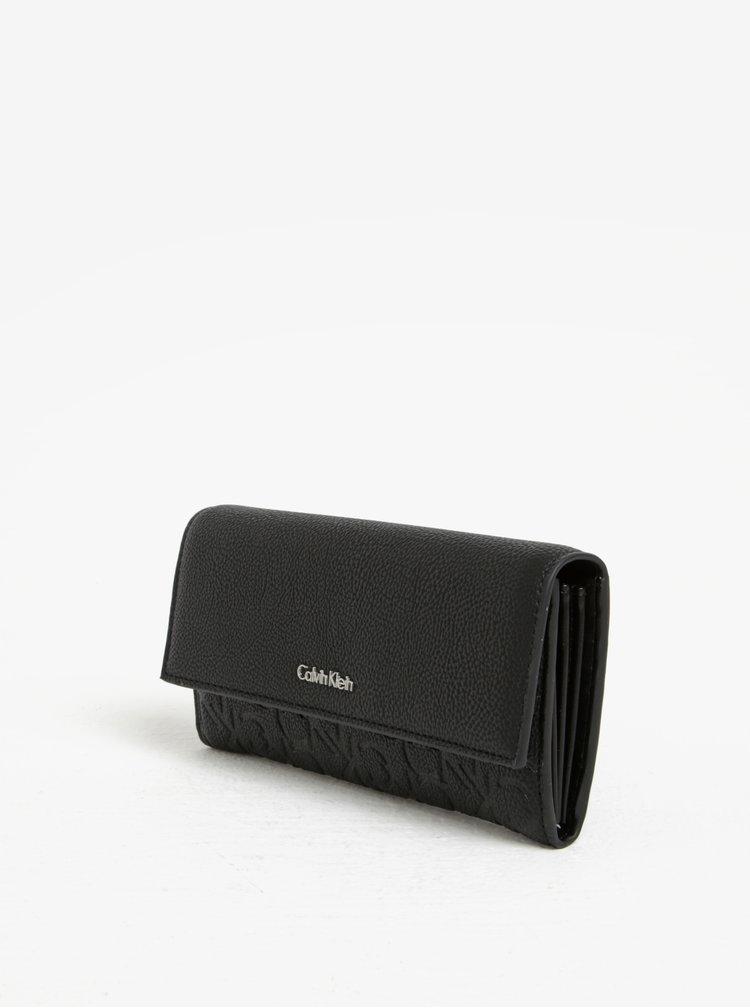Černá dámská peněženka s jemným vzorem Calvin Klein Jeans Misha