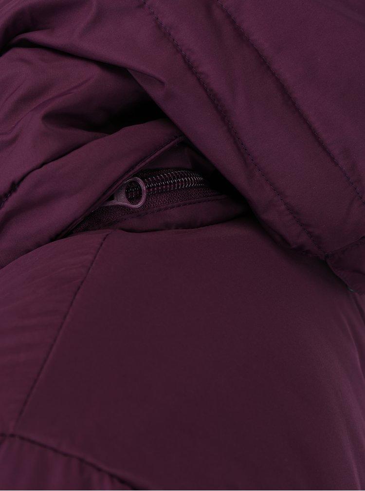 Fialový prošívaný zimní funkční kabát M&Co