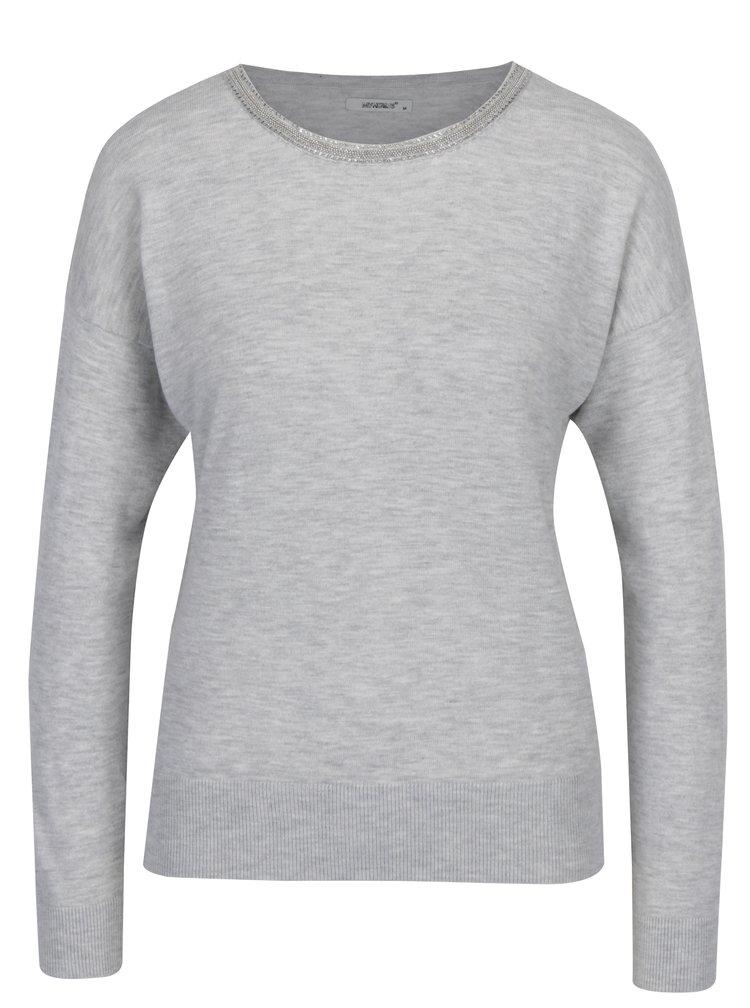 Svetlosivý sveter s aplikáciou vo výstrihu Haily´s Shila