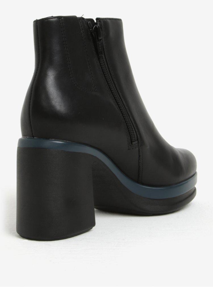 Černé dámské kotníkové kožené boty na podpatku Camper Cigar