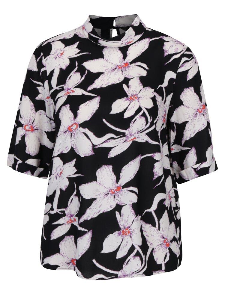 Bluza neagra cu print floral si maneci 3/4 VERO MODA July