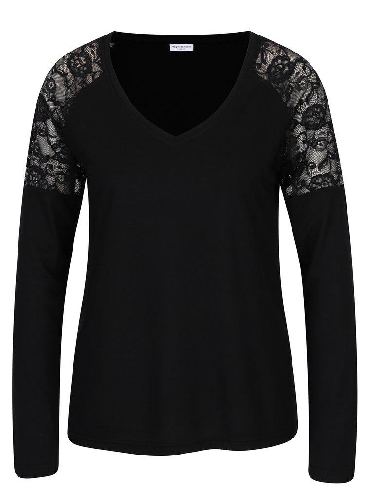 Černé tričko s krajkou na ramenou Jacqueline de Yong Parvola