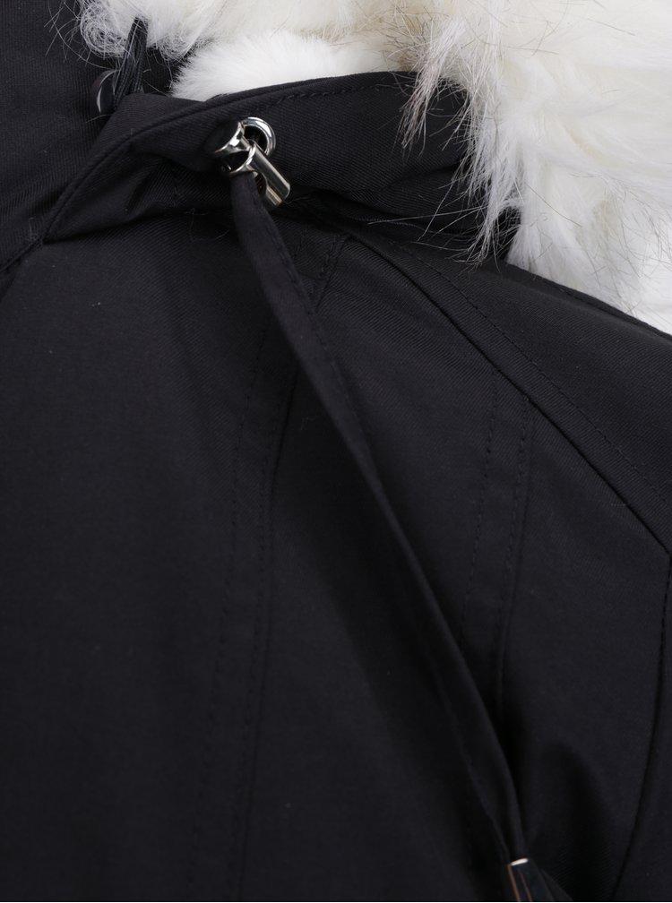 Černá parka s umělým kožíškem Miss Selfridge Petites