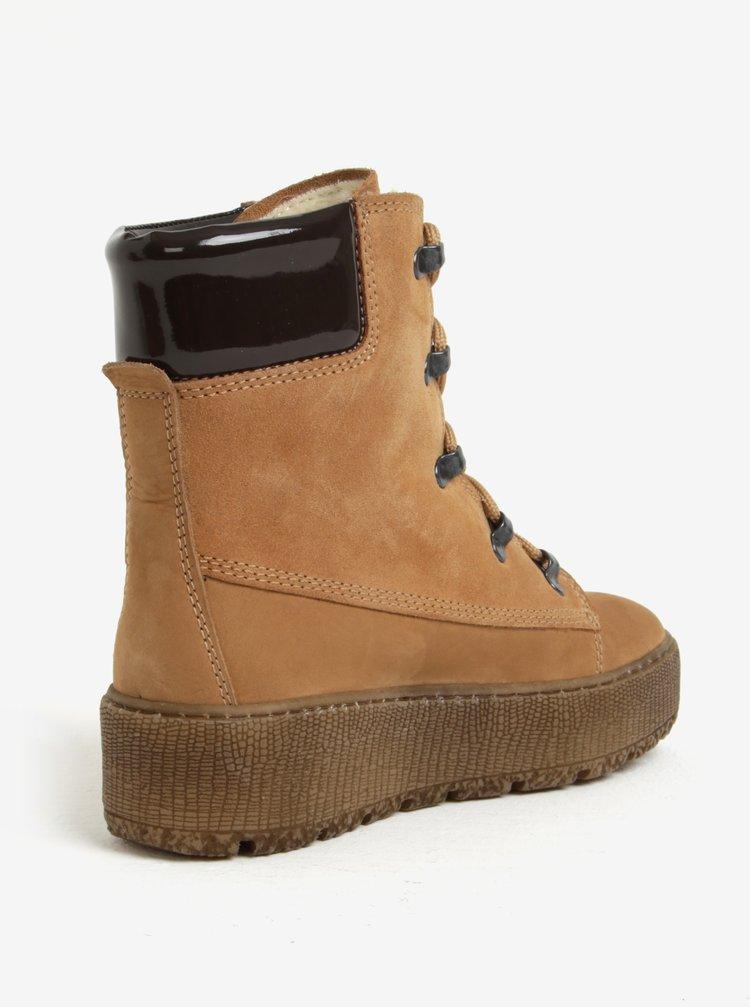 Hnědé kotníkové kožené boty s vlněnou podšívkou Tamaris