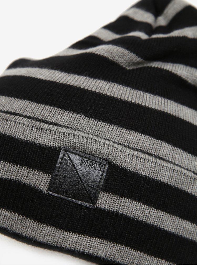 Černá pruhovaná klučičí čepice name it Mons