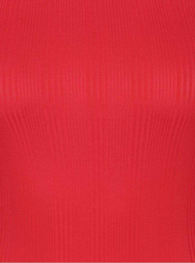 Červené body s odhalenými rameny Miss Selfridge