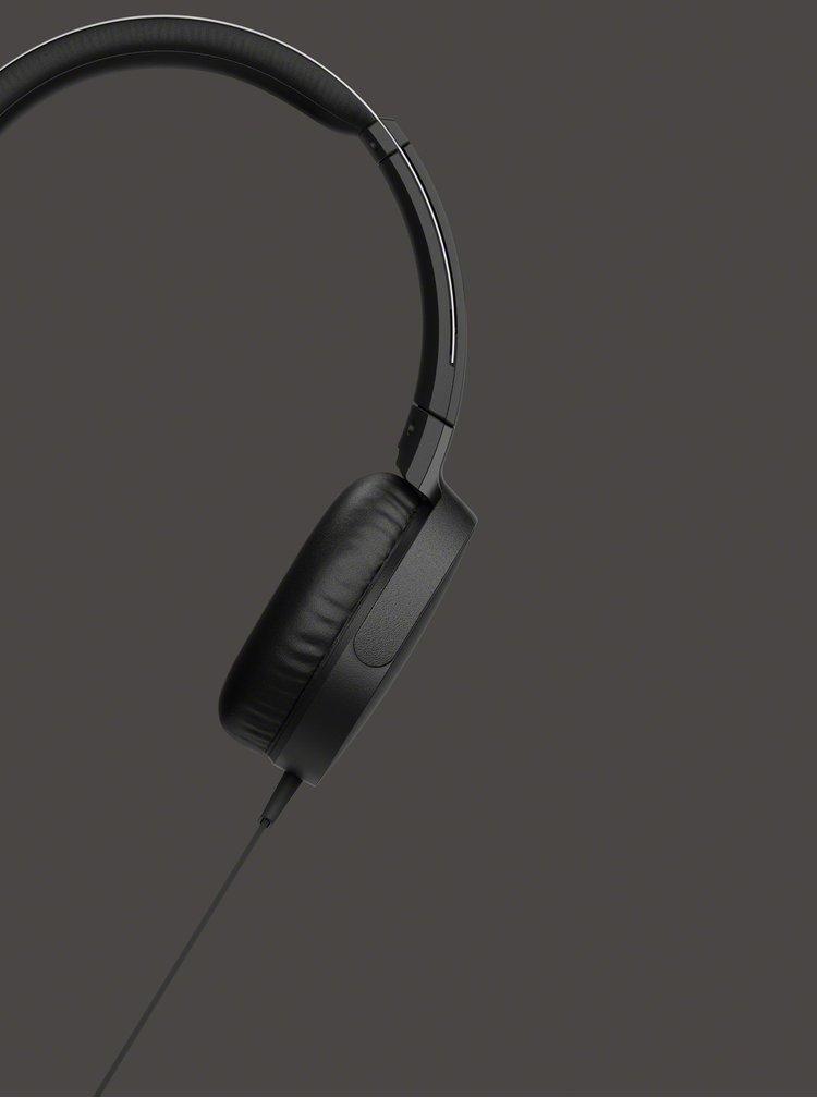 Černá sluchátka s mikrofonem Sony Extra Bass