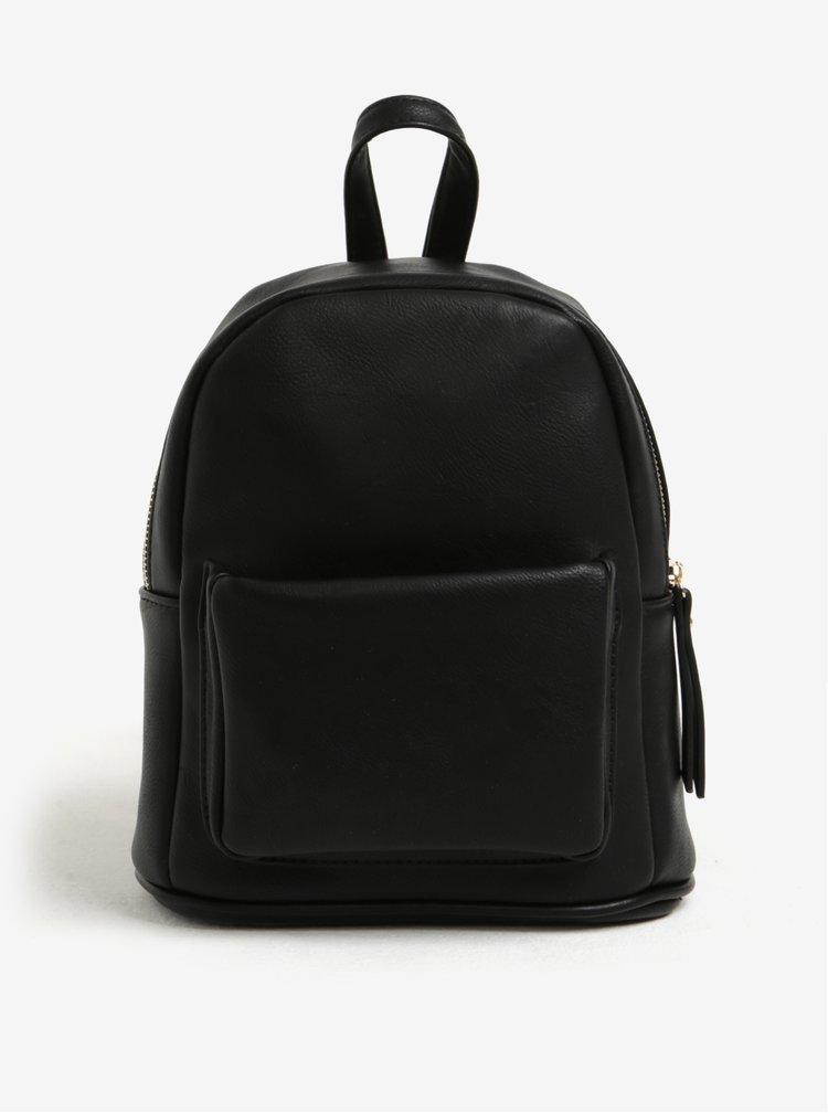 Černý malý batoh s kapsou Bessie London
