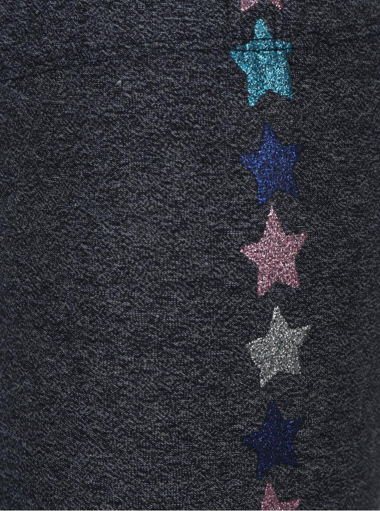 Tmavě šedé žíhané holčičí legíny s potiskem hvězd 5.10.15.