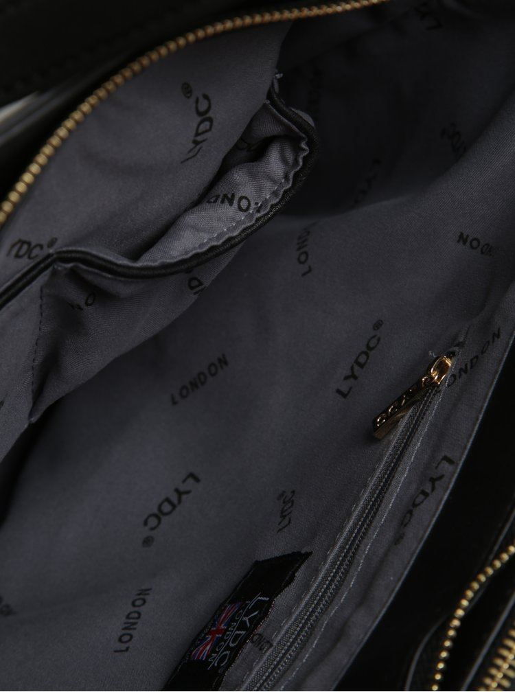 Černá kabelka s detaily ve zlaté barvě LYDC