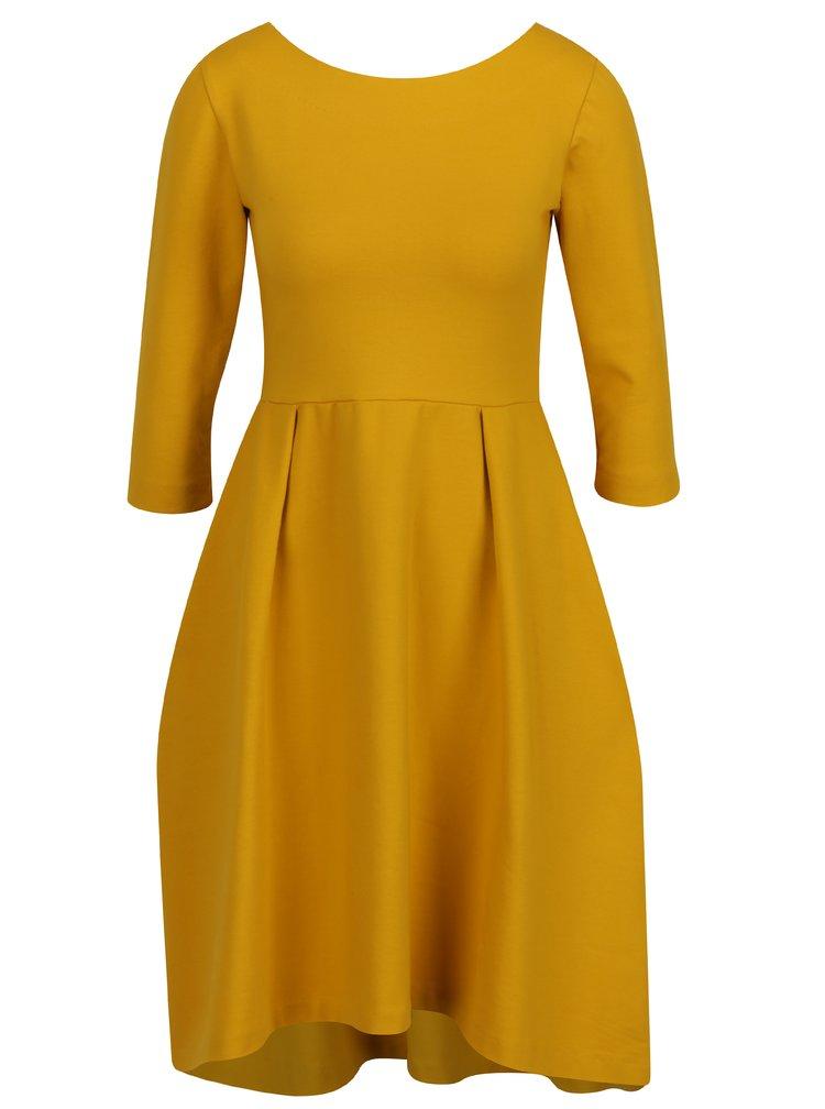 Žluté áčkové šaty s 3/4 rukávy Miestni Kla