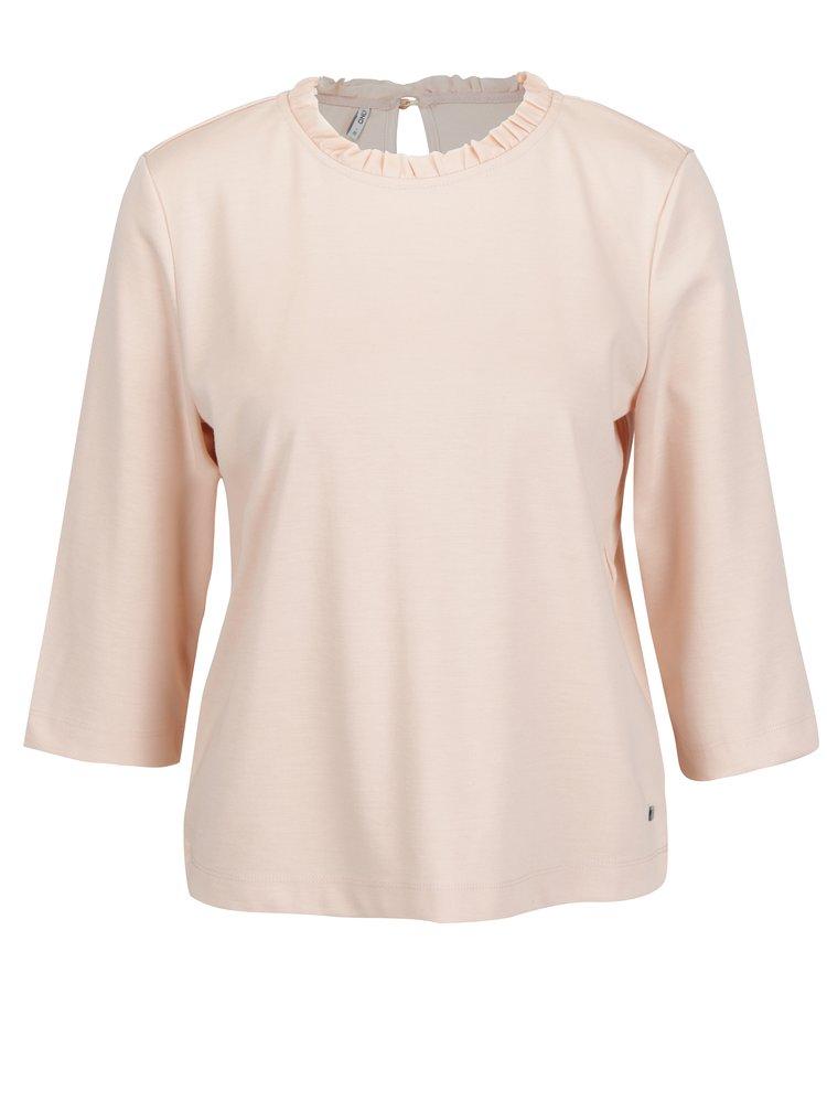 Světle růžové tričko s 3/4 rukávem a volánem u krku ONLY Victoria
